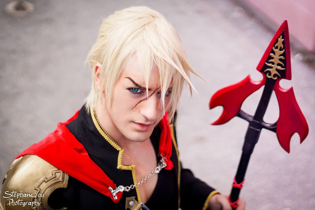 image of Nine from Final Fantasy (Type-0) cosplay by Leon Chiro | TheGeekPages.com