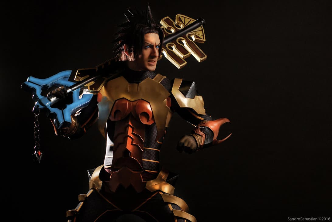 image of Kingdom of Hearts cosplay by Leon Chiro | TheGeekPages.com