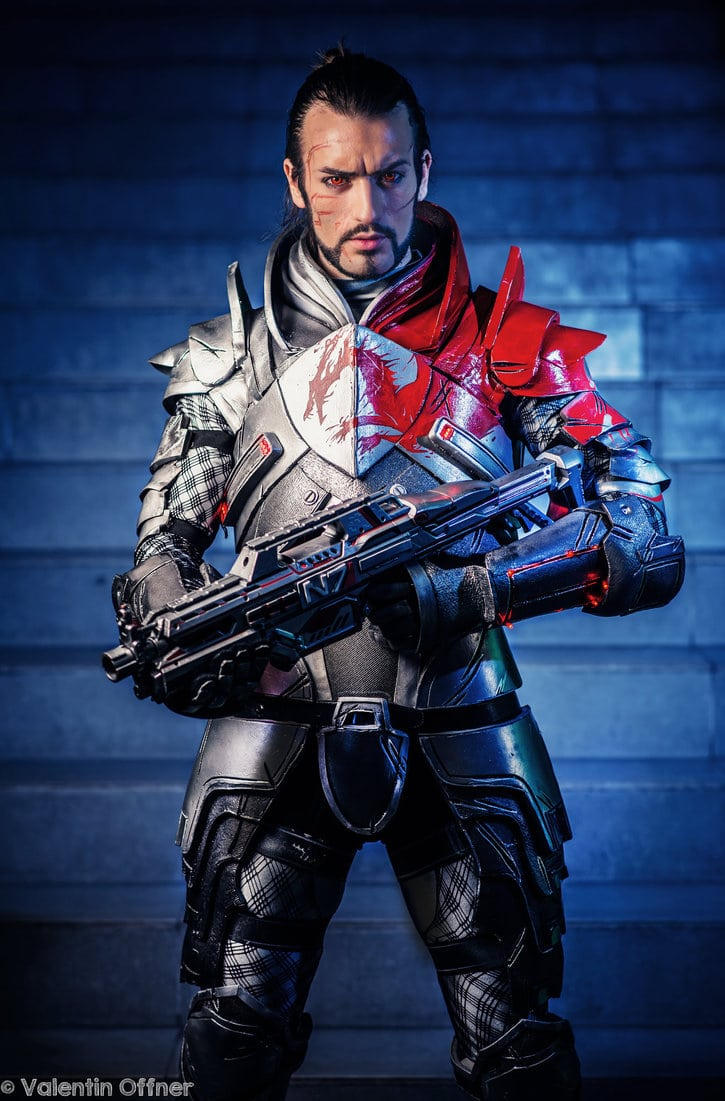 image of Blood Dragon Armor from Mass Effect 3 cosplay by Leon Chiro | TheGeekPages.com